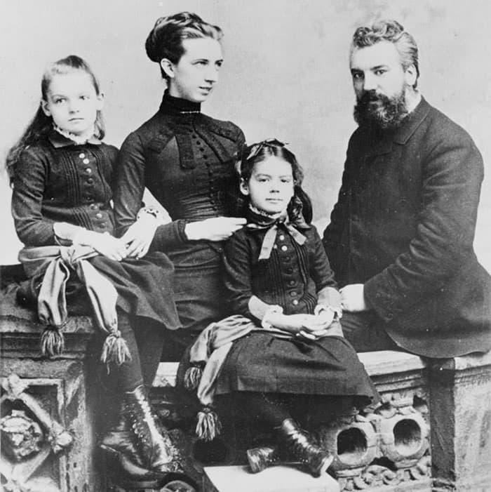 عکس خانواده گراهام بل
