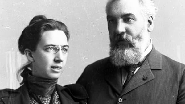 الکساندر گراهام بل و خانمش